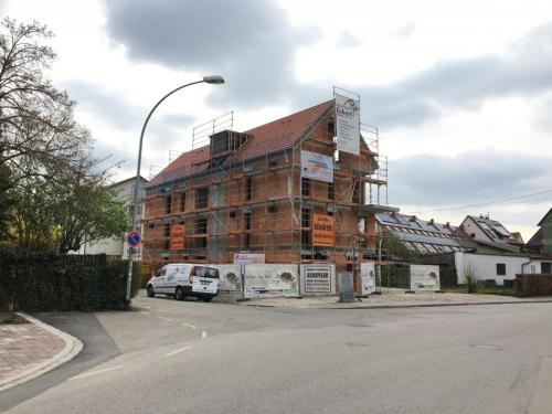 K1600 Dachstuhl Krumbach 8 Fam Haus